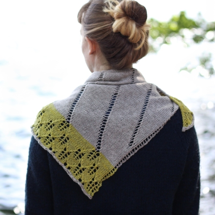 Lakelet knitting pattern by Renée Callahan